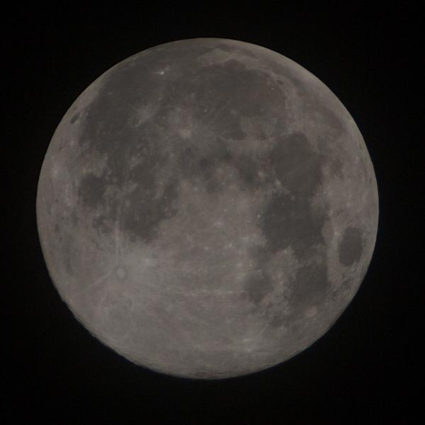 110912_moon_06.jpg